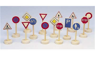Toys Pure – 15 Wooden Road Signs