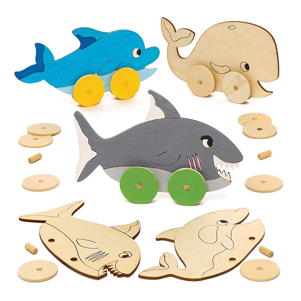 Baker Ross Design Your Own Wooden Racer Kit (Pack of 4) for Kids to Decorate and Assemble